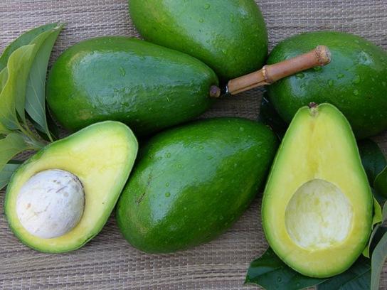 В чем эффективность масок из авокадо?
