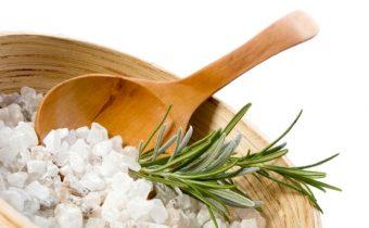 Солевые скрабы для волос: рецепты