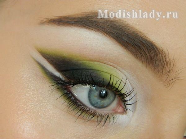 макияж глаз в зелёных тонах, фото
